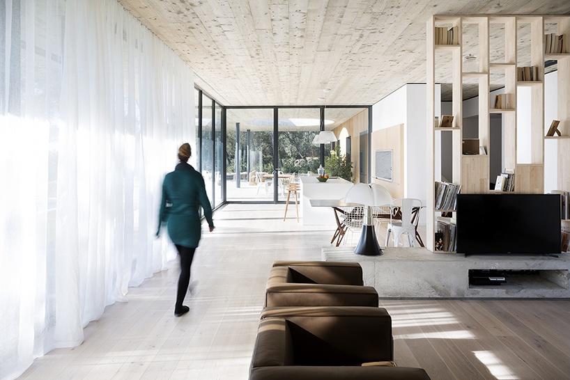 pascual-architecte-maison-0.82-france-designboom-07