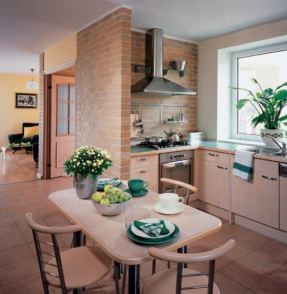 Небольшая красивая кухня, благодаря продуманному дизайну