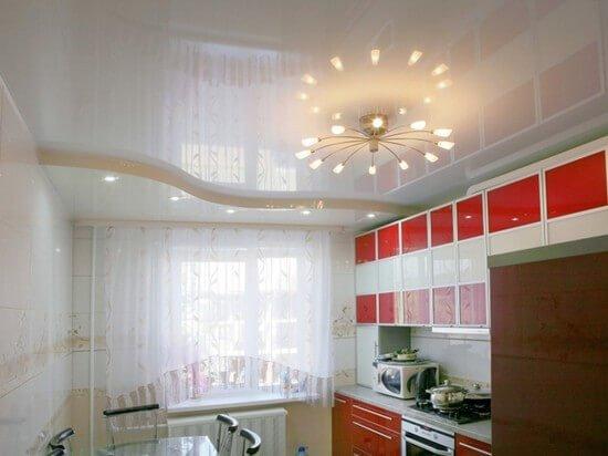 Потолок, который визуально расширяет пространство