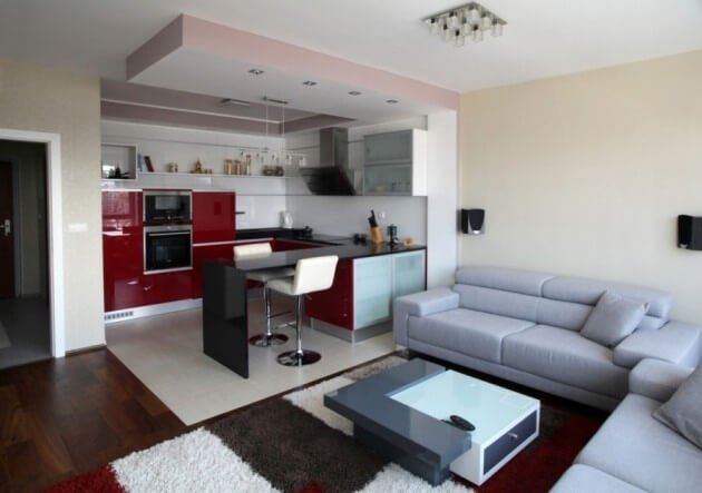 Кухня студия в красно-белых цветах