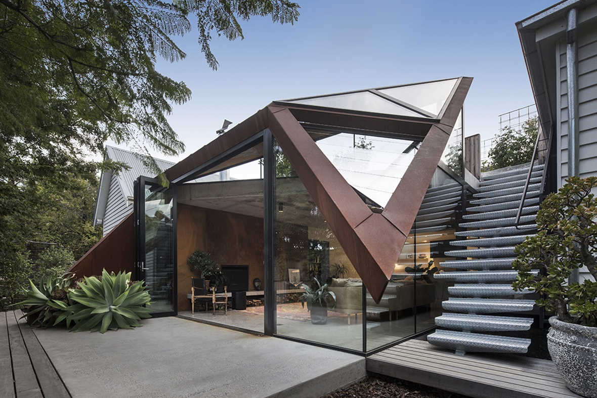 Проекты домов нестандартной формы фото