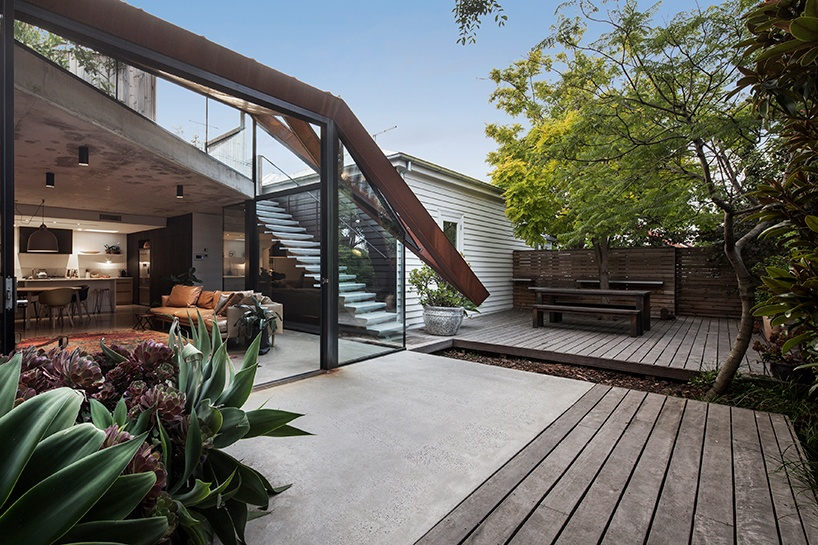 damian-rogers-architecture-the-leaf-house-melbourne-designboom-03_1