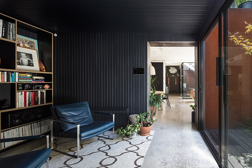damian-rogers-architecture-the-leaf-house-melbourne-designboom-07