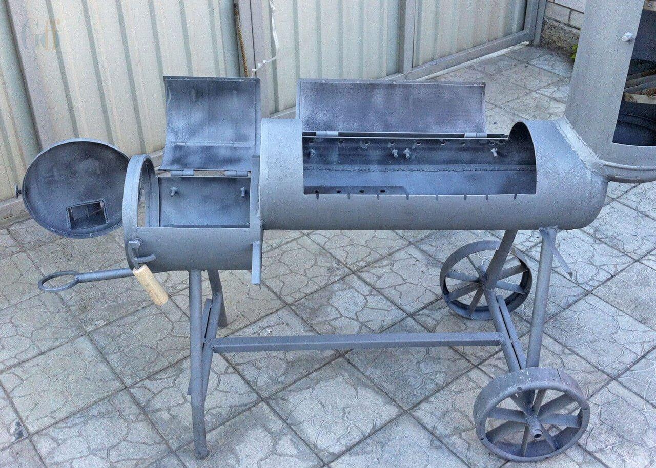 Дополнительные разрезы на газовом баллоне для мангала, с целью улучшения горения