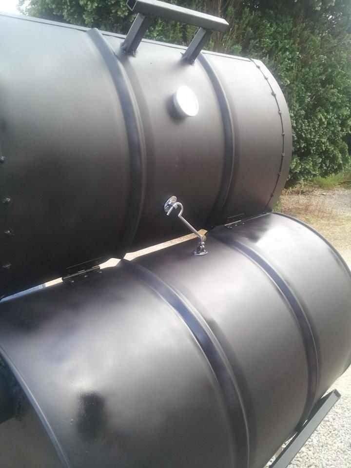 Фото инструкция крепления крышки для мангала из бочки