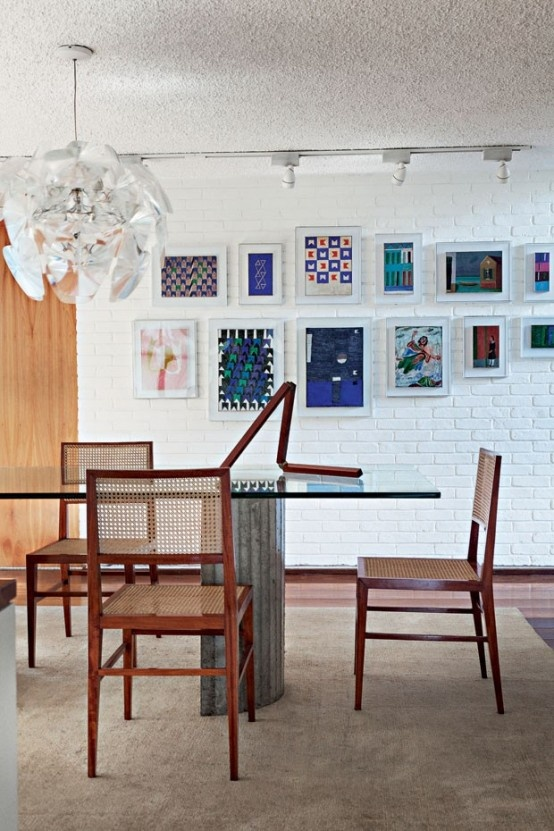 modern-home-filled-with-greenery-wood-and-artworks-6-554x831