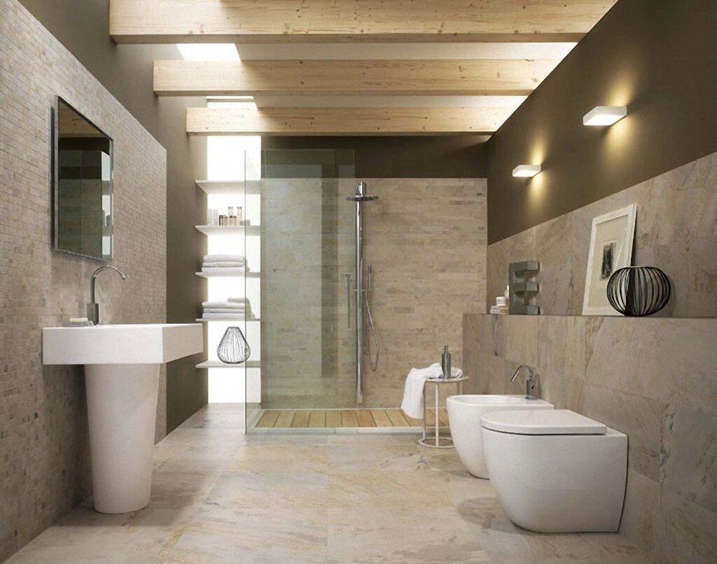 Освещение в светлой ванной комнате