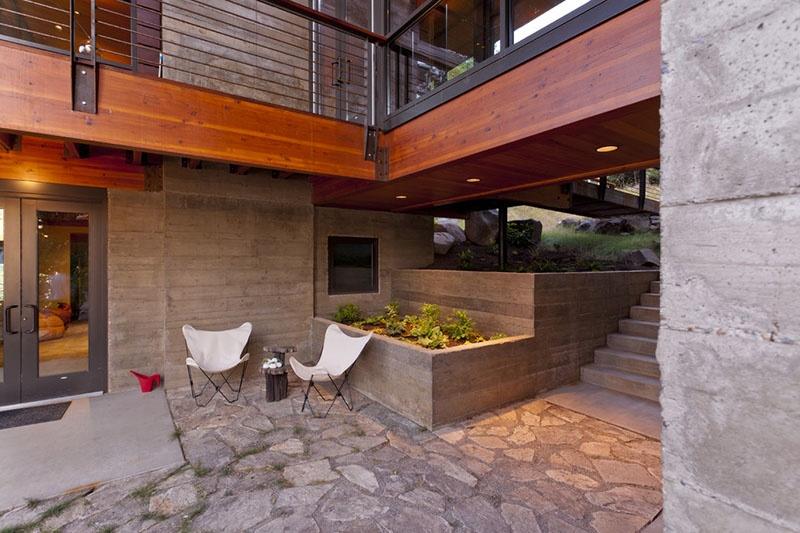 builtin-concrete-planters_270716_08