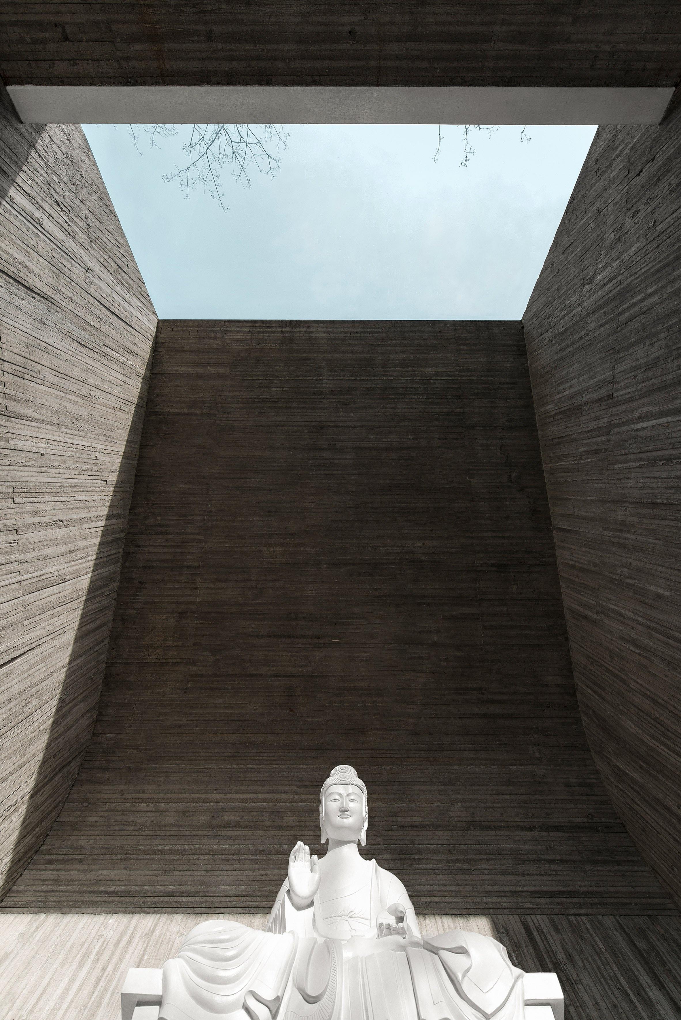 waterside-buddist-shrine-archstudio-architecture-cultural-china_dezeen_2364_col_20