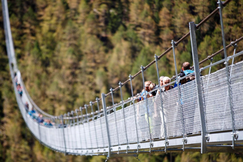suspension-bridge-04