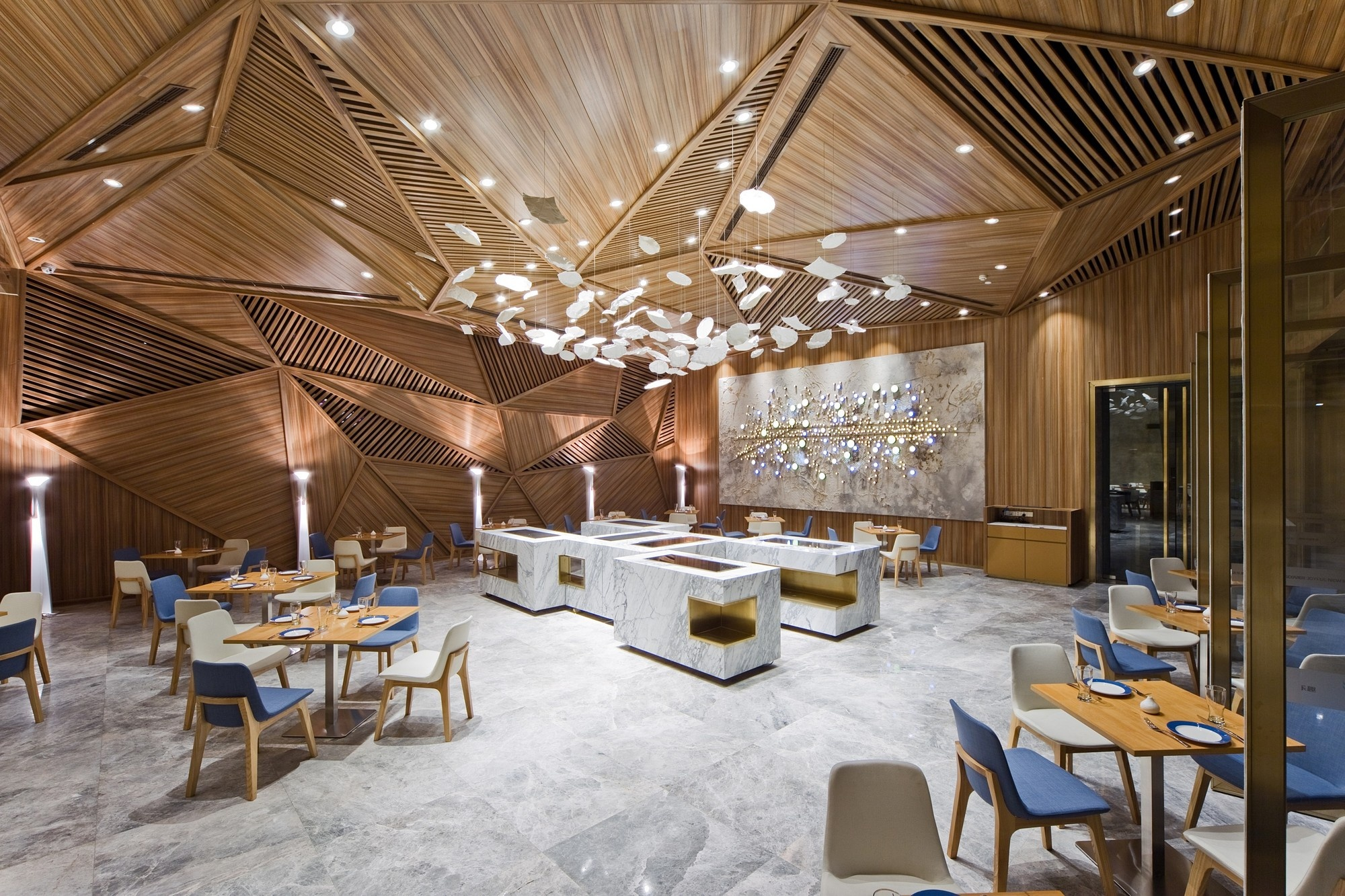 картинки деревянного ресторана сейчас