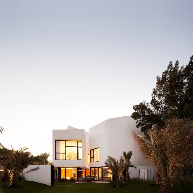 mop_house_private_residence_by_agi_architects_01