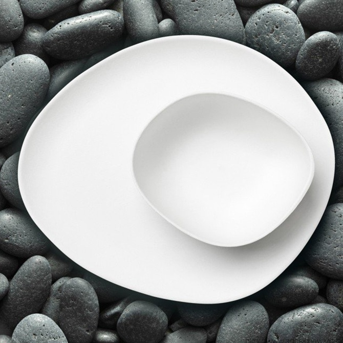 pebble_bagasse_collection_plate_and_bowl_by_simi_gauba_01