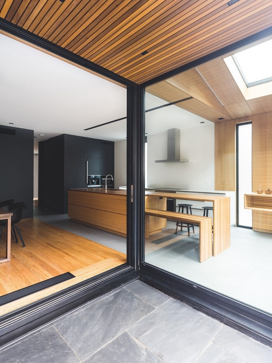 black-box-house-in-montreal-7