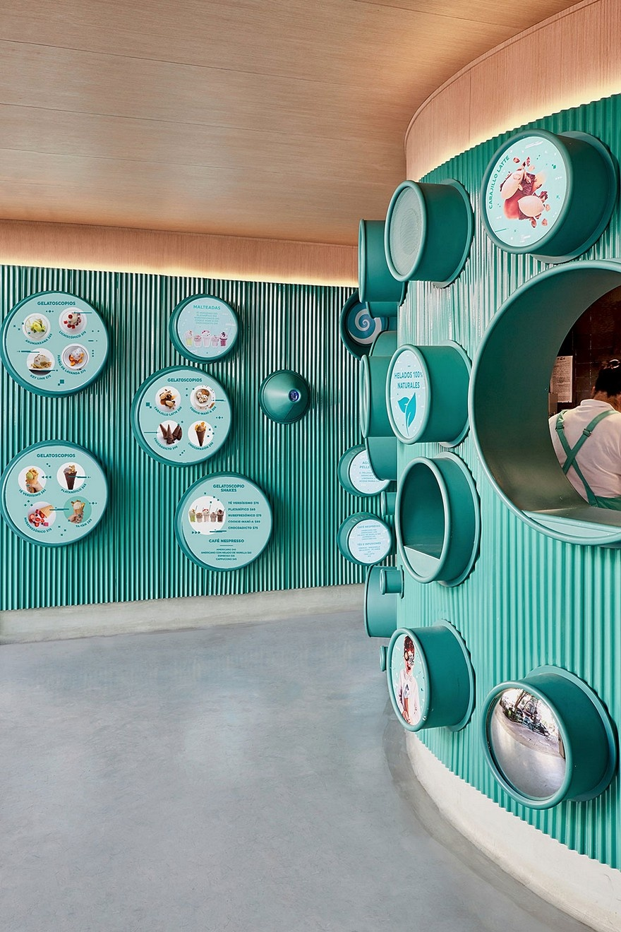 mexican-ice-cream-shop-inspired-by-fantastic-machines-9