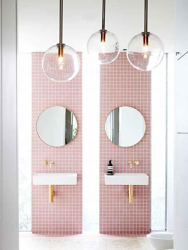 pink-bathroom-pink-interiors