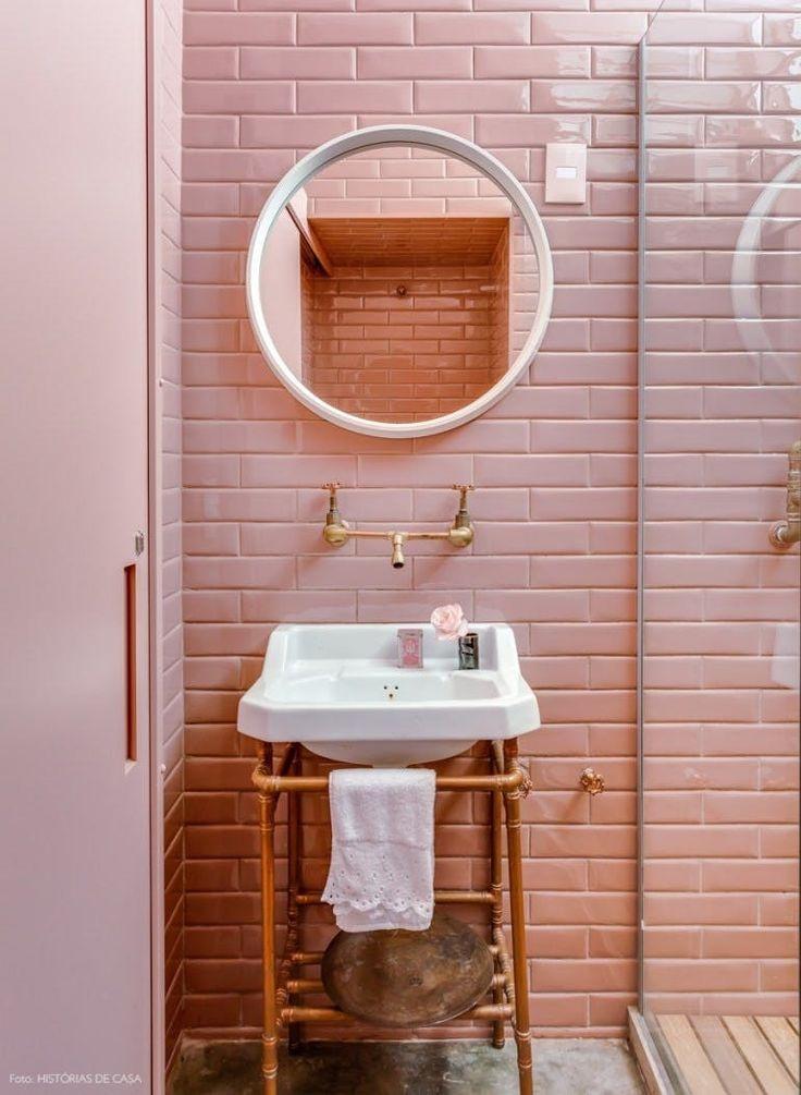 36fd7219924690cdba4b205bf23a35c8--pink-bathrooms-bachelorette-pad