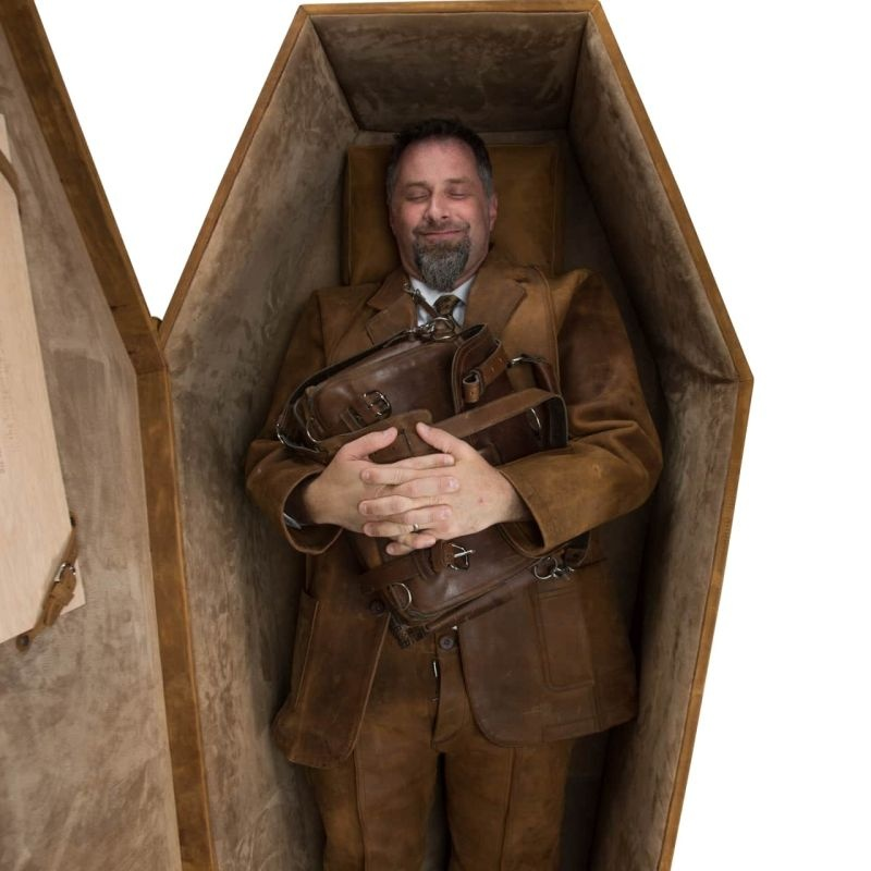this-leather-coffin-is-your-coffee-table-until-its-time-to-go-six-feet-underground_4