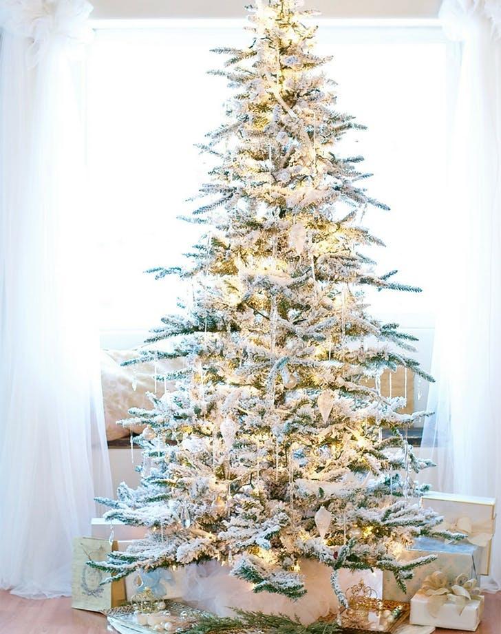retro_christmas_trend_flockedtree