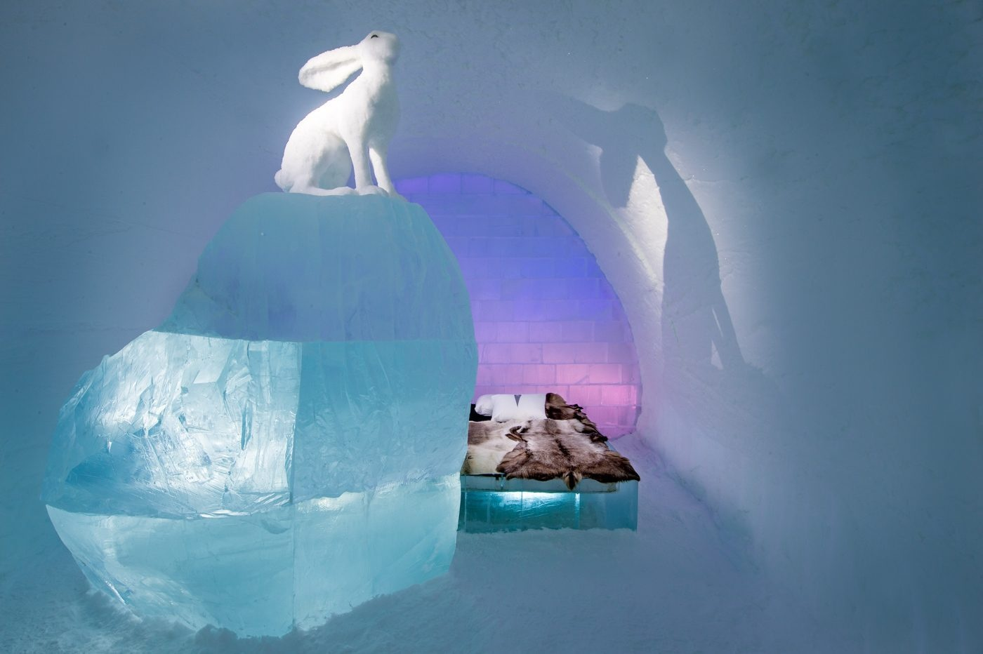 art-suite-follow-the-white-rabbit-icehotel-28-1400x932_01