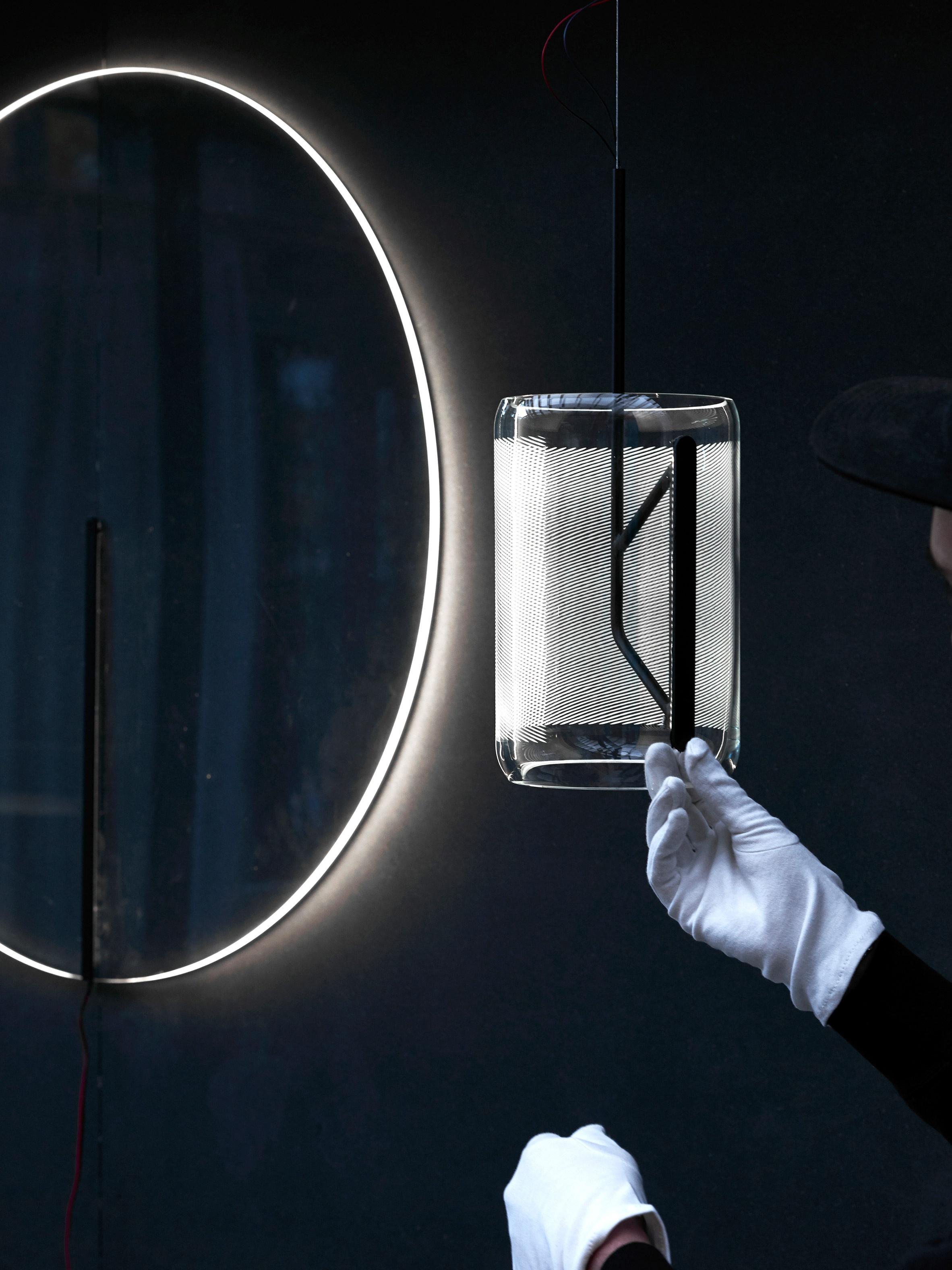 guise-stefan-diez-design-lighting-lamps_dezeen_2364_col_11