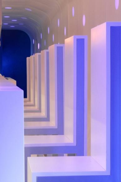el-tubo-bar-abstract-interior-design-by-assadi-and-pulido-2