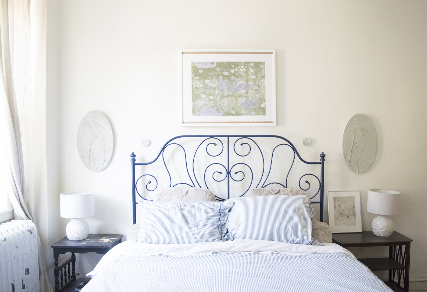 bedroom-bed-picture