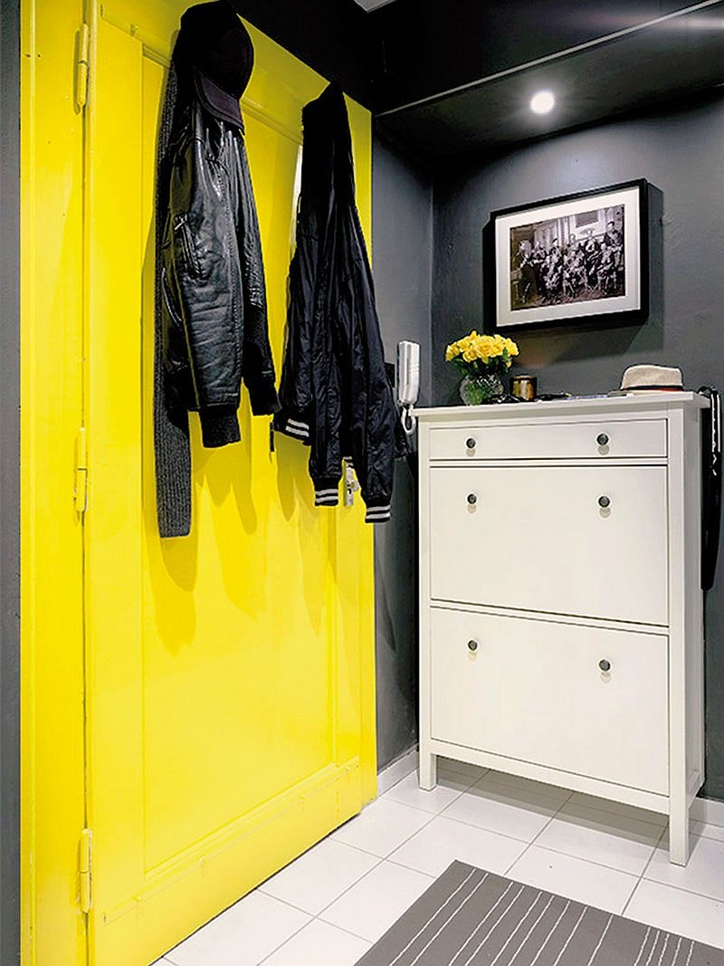 yellow-coupled-with-gray-elegantly-inside-the-small-apartment