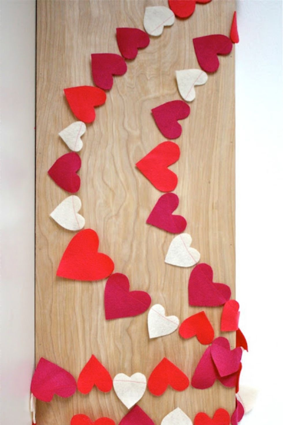 1481813567-heart-garland-