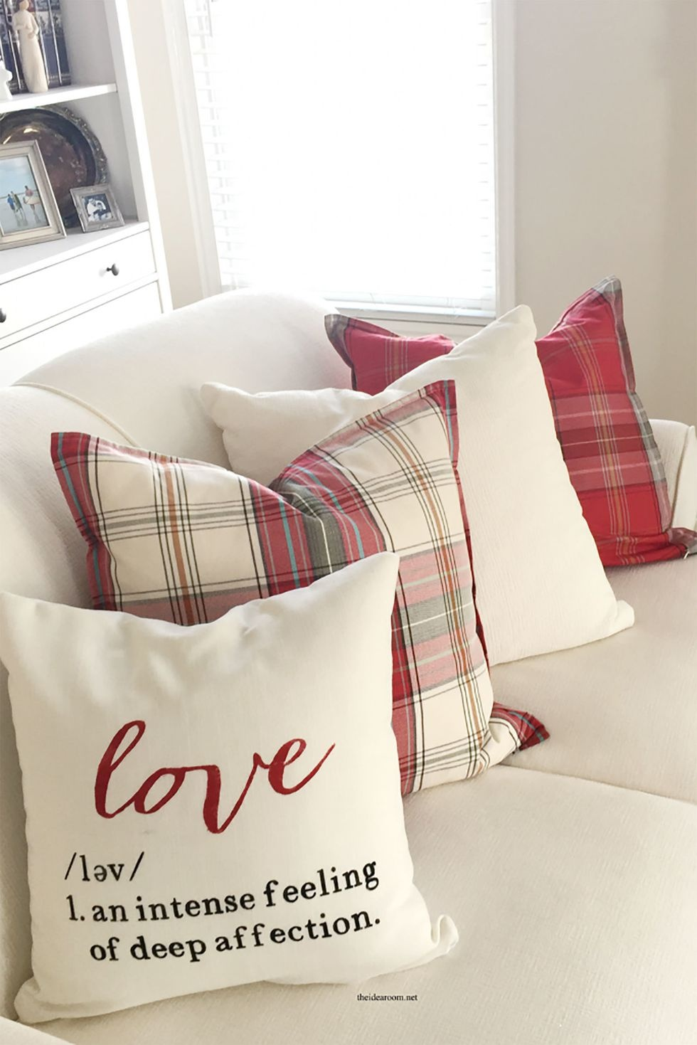 gallery-1510951686-valentines-day-pillow-2-683x1024-copy