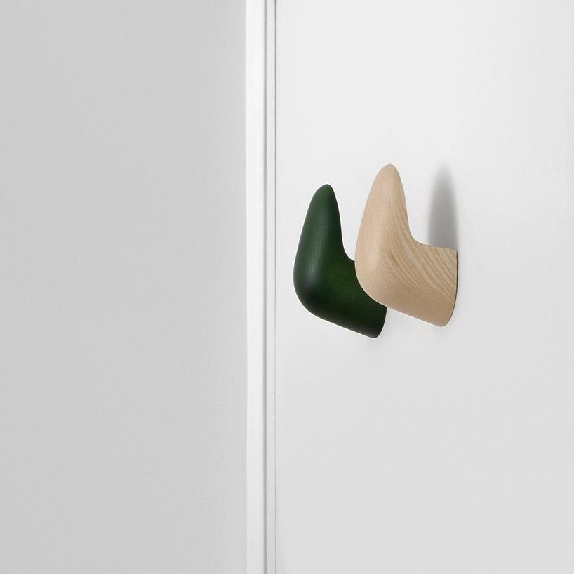 palmo-hook-mattiazzi-sam-hecht-industrial-facility-designboom-1_01