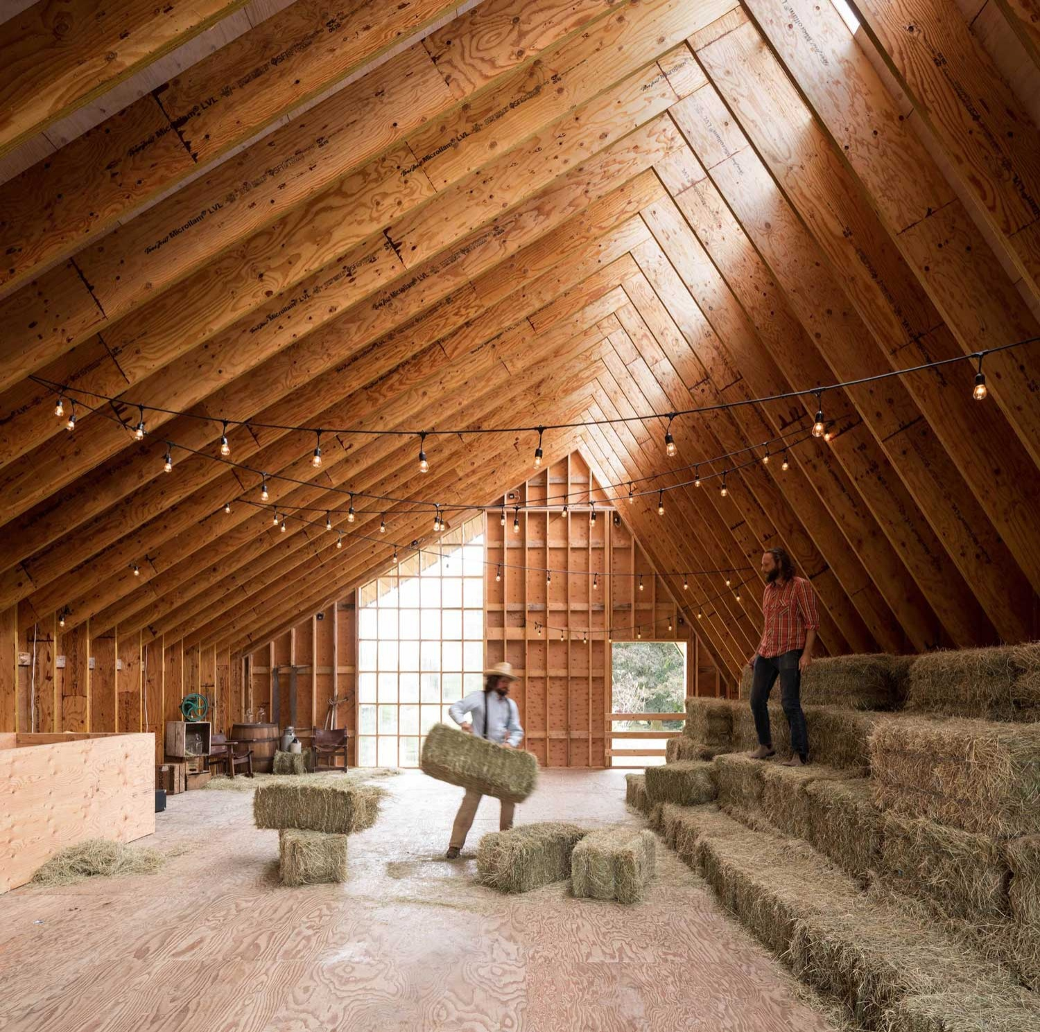 swallowfield-barn-in-langley-bc-canada-by-motiv-architects-yellowtrace-04_01