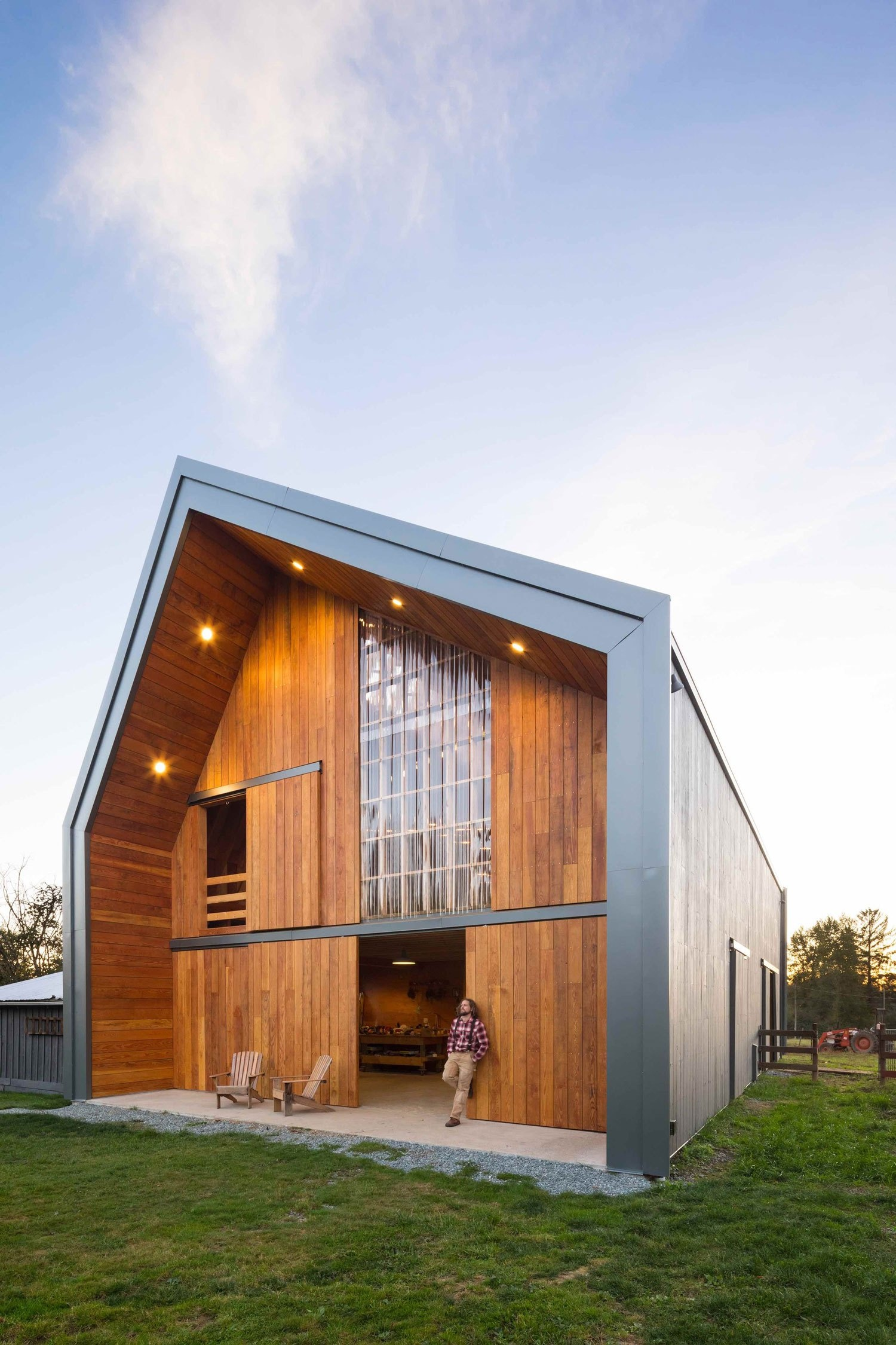 swallowfield-barn-in-langley-bc-canada-by-motiv-architects-yellowtrace-08
