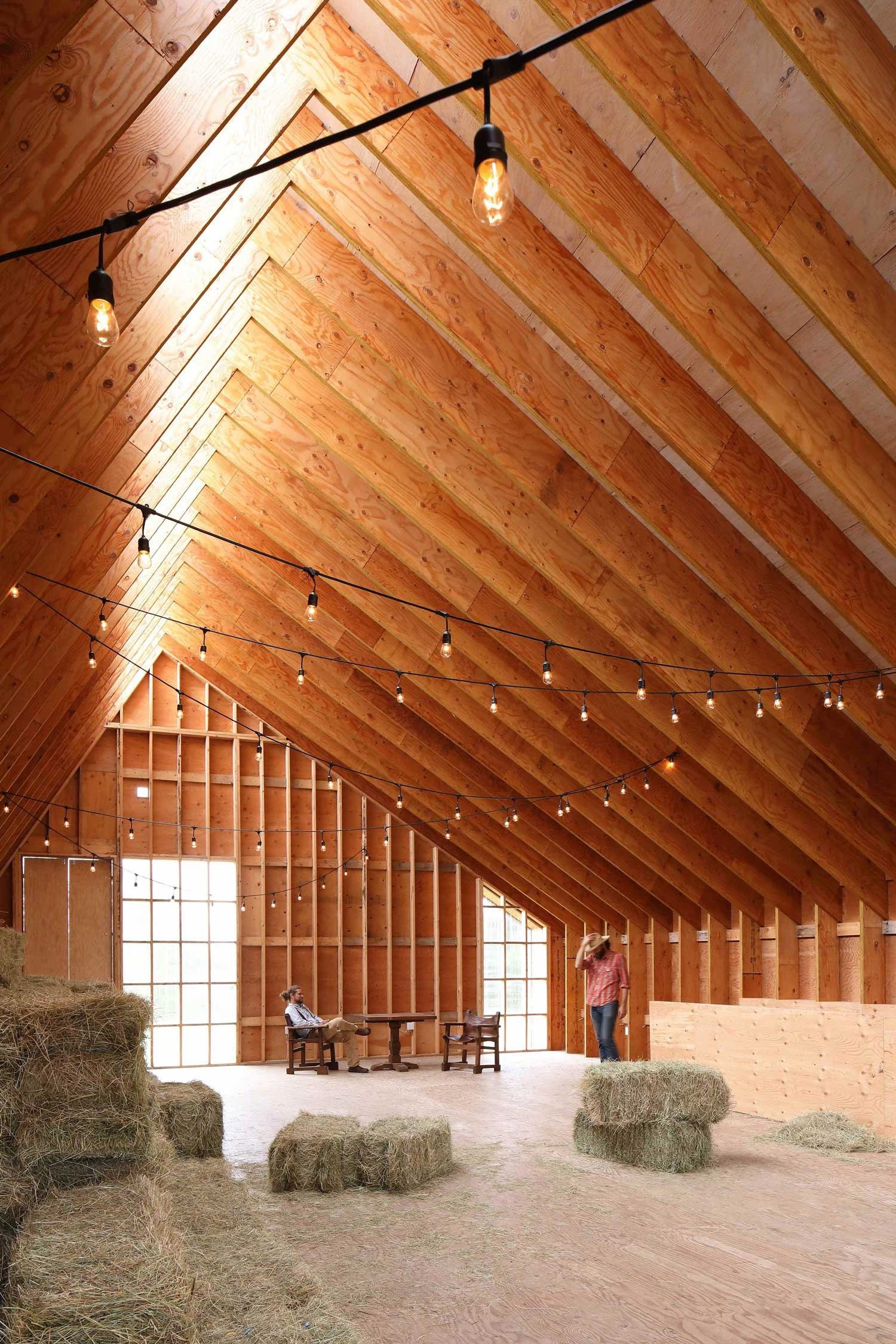 swallowfield-barn-in-langley-bc-canada-by-motiv-architects-yellowtrace-03_01