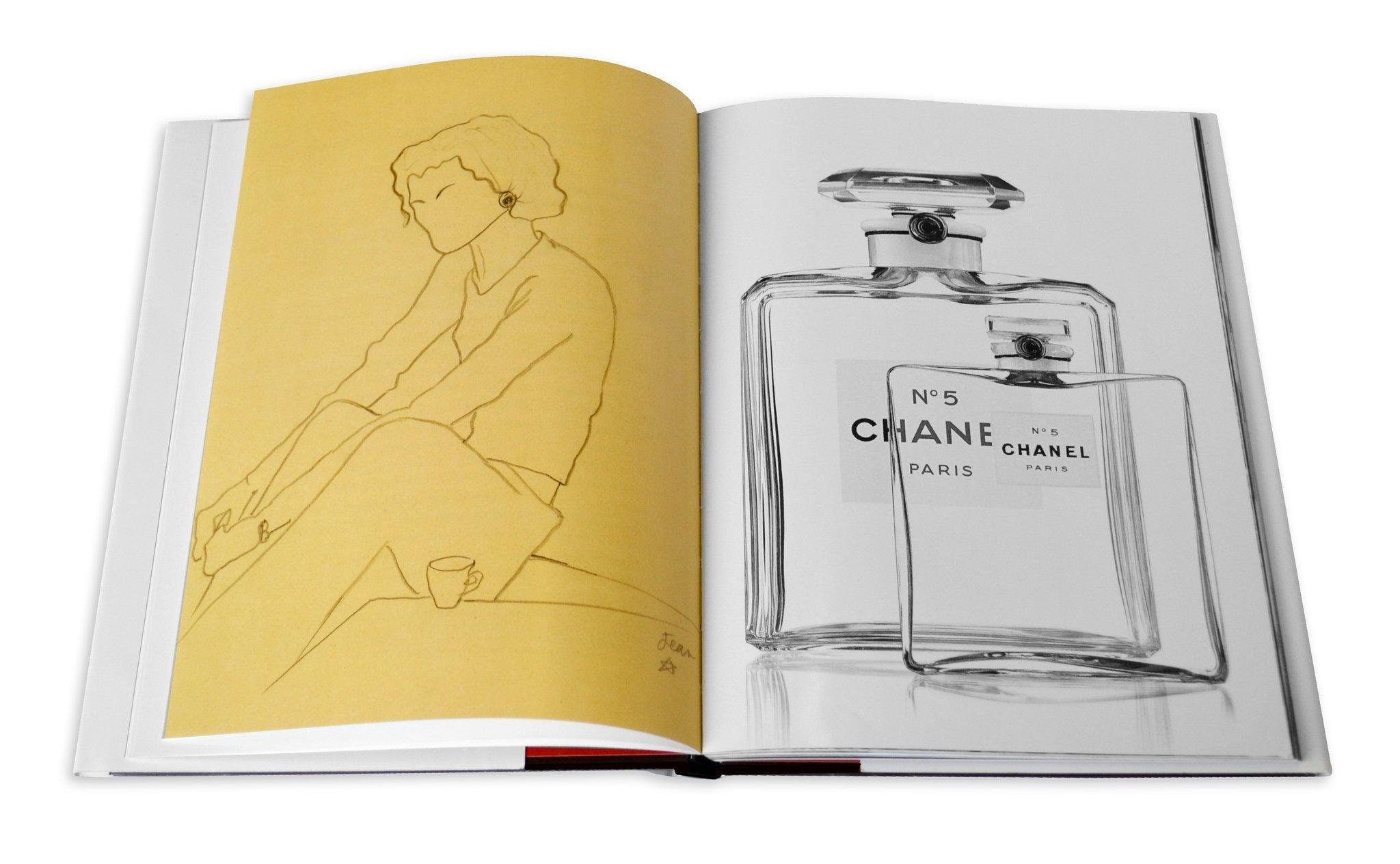 chanel-perfum_0_2048x_01