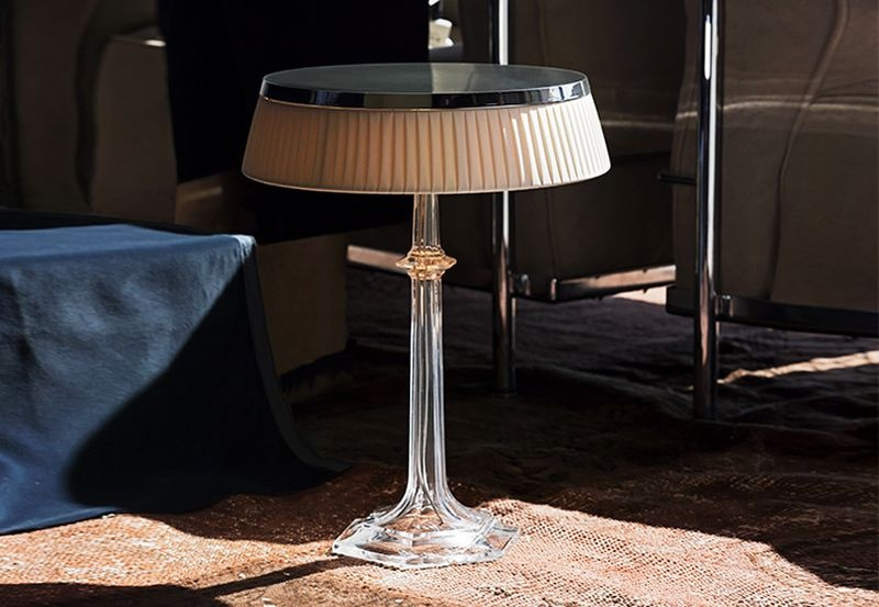bon-jour-versailles-glass-table-lamps-by-philippe-starck_1_01