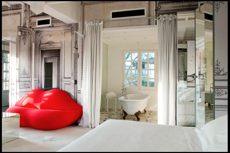 maison-margiela-surreal-interior-decor_