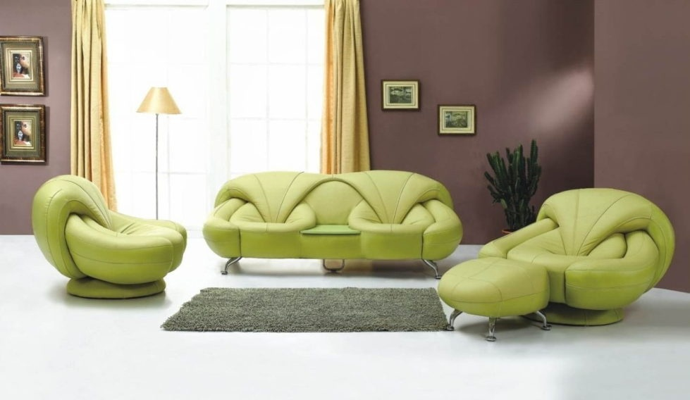 the-interior-in-the-brown-and-green-colors-980x568