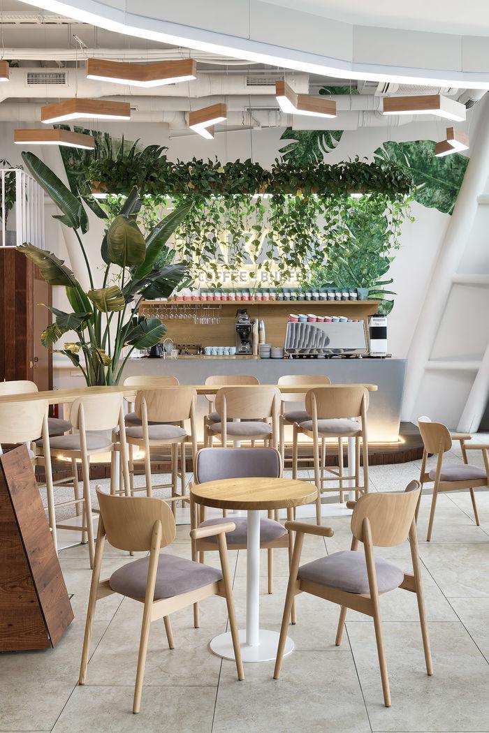 TAKAVA Coffee-Buffet – это сеть кофе-баров, стилистикой которой занима-лась студия YUDIN Design