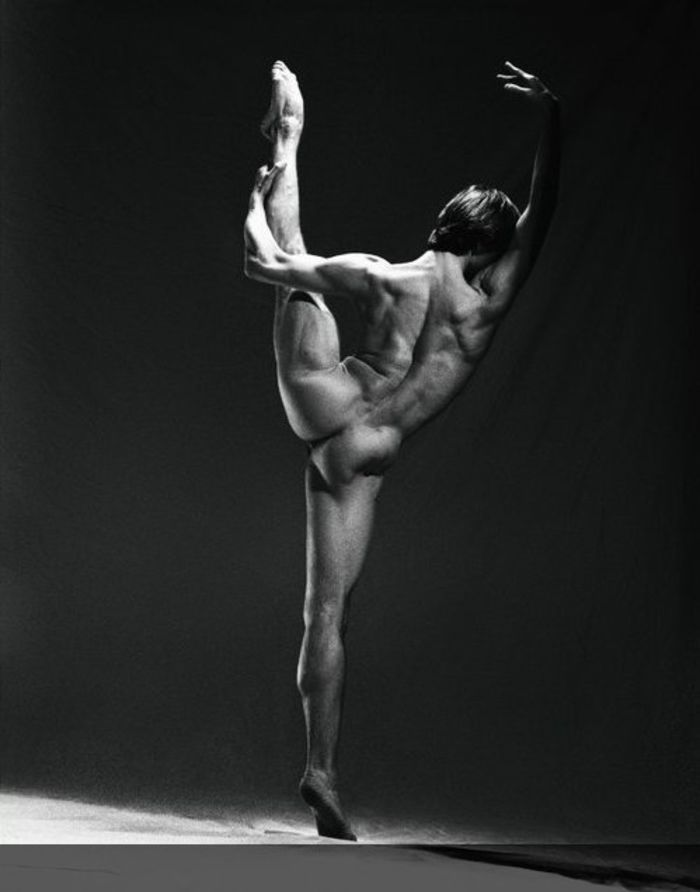Naked male dancers pics