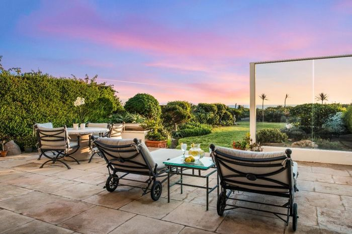 Фото: HILTON AND HYLAND REALTY / CATERS NEWS