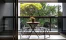 Небольшая квартира с удобным зонированием и интересной обстановкой