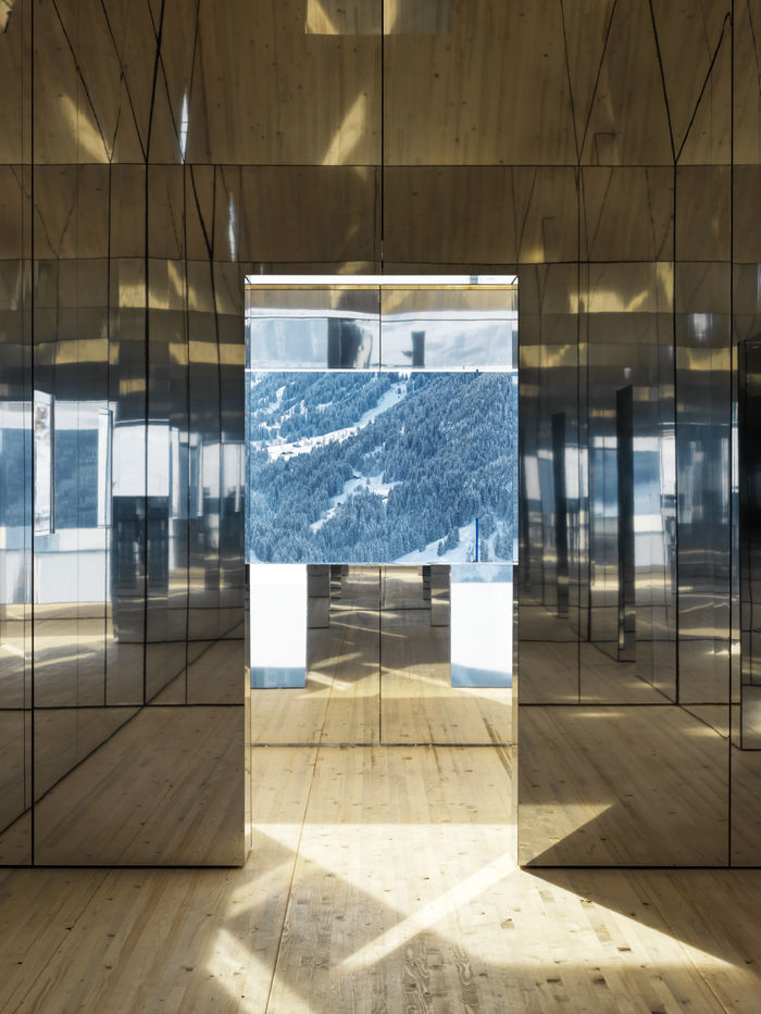 Doug Aitken - Mirage Gstaad © Фото Torvioll