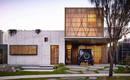 Приємне дерево і чистота бетону: гостинний будинок для нескінченного затишку