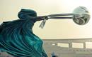 Эти 9 интригующих скульптур бросают вызов законам гравитации