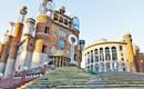 Огромный собор, который самостоятельно строит 90-летний монах