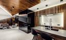 Теплая изысканно красивая квартира болгарского дизайнера